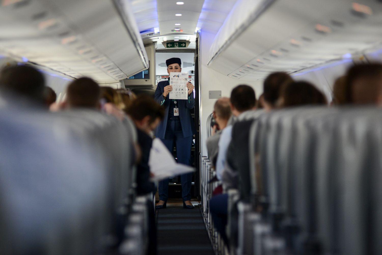 04.09.2018 Warszawa , Port Lotniczy Chopina . Pokazowy lot samolotem Embraer E190 - E2 . Fot. Maciek Jazwiecki / Agencja Gazeta