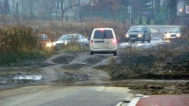 Dojazd do nowego wiaduktu na ul. Poloneza