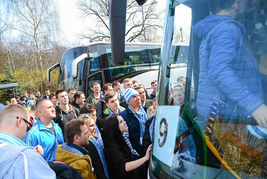 Wyjazd kibiców Błękitnych do Poznania