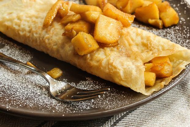 Naleśniki z jabłkami i nie tylko - pyszne na śniadanie, obiad i kolację