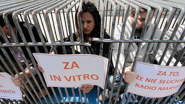 Happening młodzieżówki PO na Krakowskim Przedmieściu