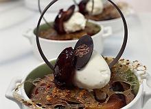 Ciasto czekoladowe ze śliwkami - ugotuj