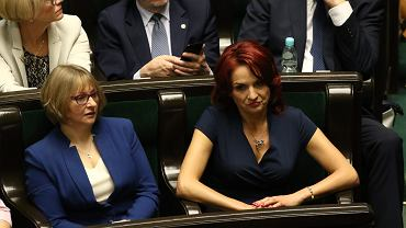 Posłanka PiS Bernadeta Krynicka podczas sprawozdania komisji o rządowym projekcie ustawy o rentach socjalnych. 62 posiedzenie Sejmu VIII Kadencji, Warszawa, 9 maja 2016