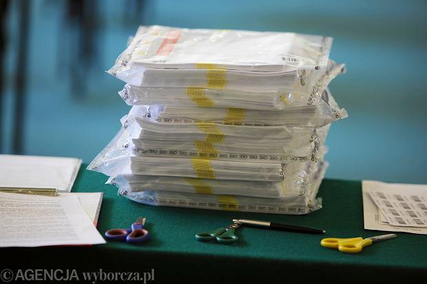 16 maja to dzień egzaminów z chemii oraz historii.