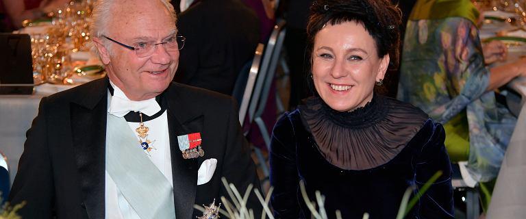Olga Tokarczuk nie zapłaci podatku od Nobla i nie zrzuci się na 'trzynastki' dla emerytów