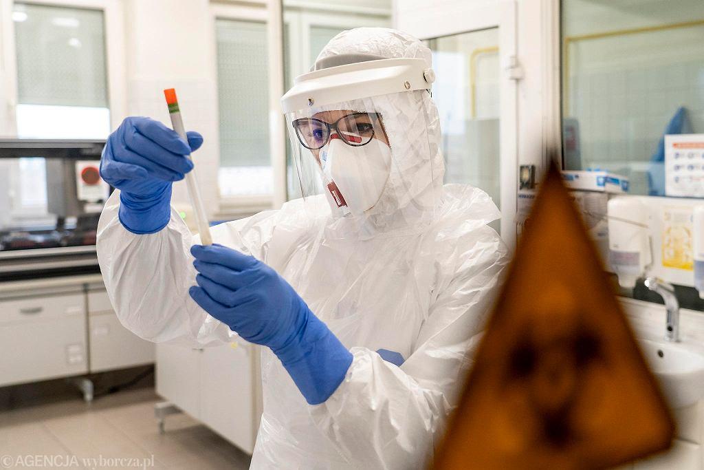 Pandemia koronawirusa. Laboratorium wykonujące testy na obecność Covid-19. Olsztyn, 11 marca 2020