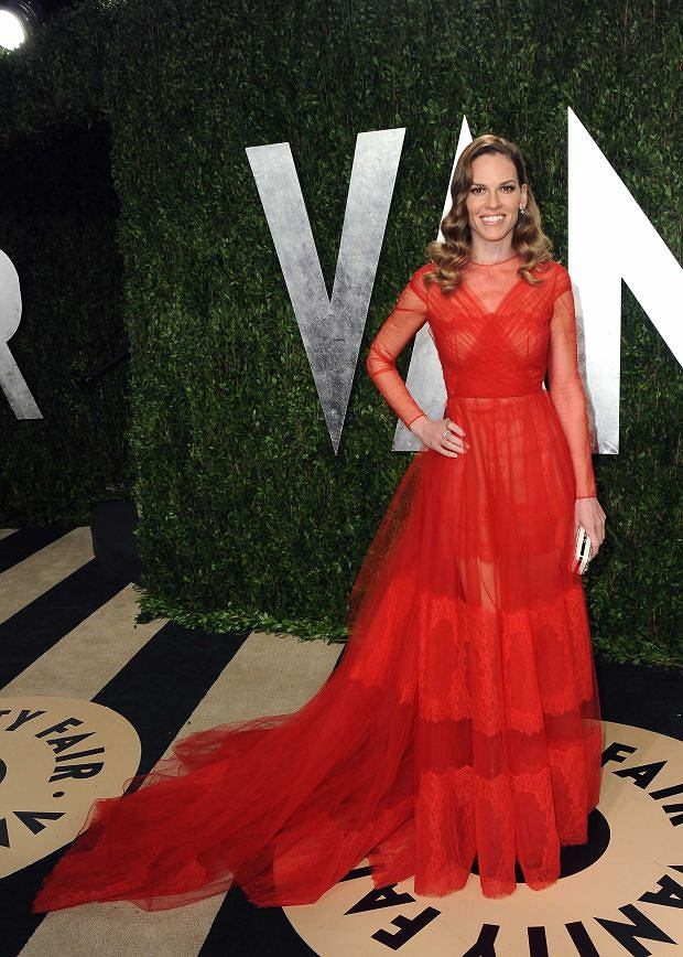 Actress Hilary Swank arrives at the 2013 Vanity Fair Oscars Viewing and After Party on Sunday, Feb. 24 2013 at the Sunset Plaza Hotel in West Hollywood, Calif. (Photo by Jordan Strauss/Invision/AP)