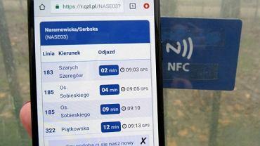 Pilotażowy program wykorzystujący NFC do informowania pasażerów o czasie oczekiwania na autobus lub tramwaj