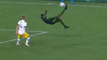 Cudowny gol w MLS. Klubowy kolega Polaka niczym Zlatan! [WIDEO]