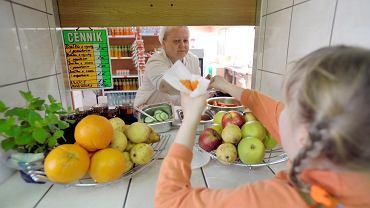 Tarcza antyfastfoodowa ma chronić dzieci przed niezdrowym jedzeniem i słodkimi napojami.