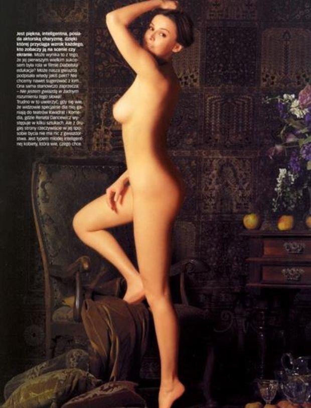 Renata Dancewicz, Playboy, kwiecień 2003.