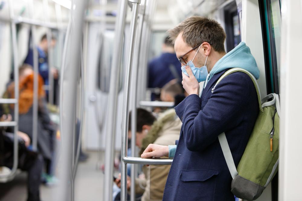Wydawanie 'paszportów odporności' może prowadzić do dyskryminacji (fot. Shutterstock)