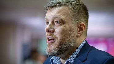 Adrian Zandberg odgryza się Borysowi Budce w sprawie Krajowego Planu Odbudowy
