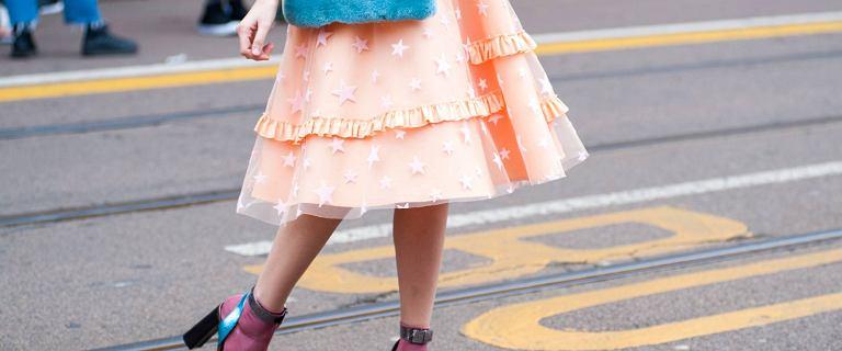 Spódnica z falbanami na wiosnę. Przegląd najnowszych modeli, które możesz zamówić online
