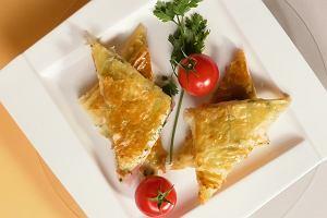 Trójkątne tosty z serem bez tostera