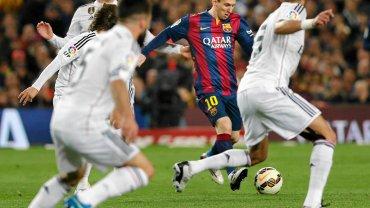 """Messi zaczął mecz z wysokiego """"C"""". Już w czwartej minucie założył """"siatkę"""" Kroosowi. Kwadrans później zaliczył asystę."""