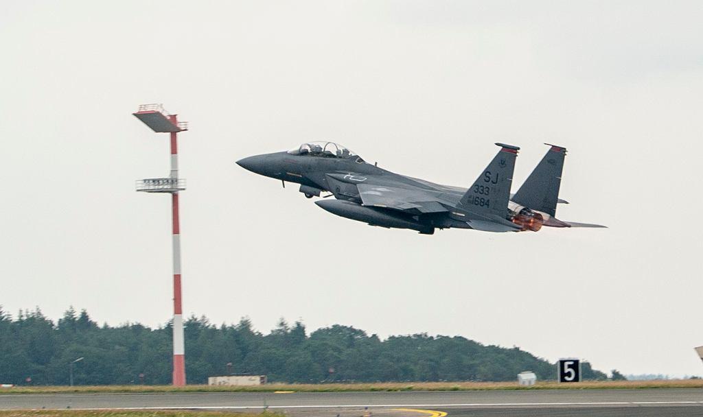 Amerykańskie samoloty f-35 wylądowały w Powidzu