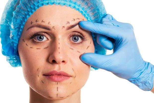 Medycyna estetyczna. Niektórym kobietom trudno zatrzymać w procesie poprawiania siebie