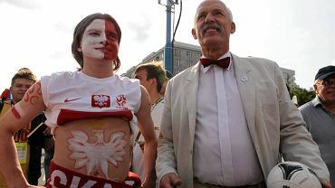 Janusz Korwin-Mikke wśród kibiców podczas Euro 2012 w Warszawie