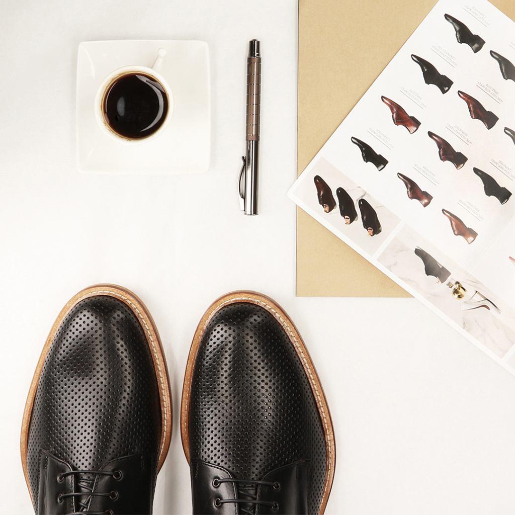 Conhpol elite to marka obuwnicza, której obuwie powstaje w 4 fabrykach w Polsce