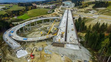 Budowa nowej zakopianki. Odcinek od południowego wjazdu do tunelu (okolice Skomielnej Białej) do Chabówki.