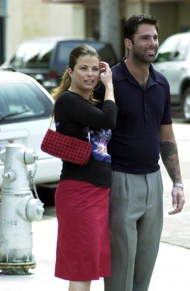 Yasmine Bleeth w 2001 roku