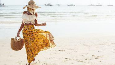 Jak się ubrać nad morze? Zdjęcie ilustracyjne