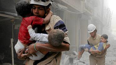 W Aleppo nie da się żyć. Mieszkańcy opuszczają zrujnowane miasto