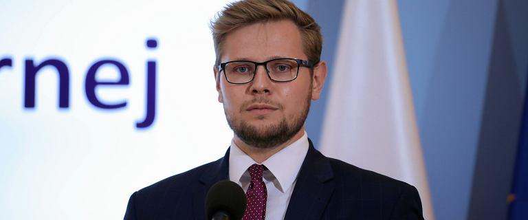 """Woś pytany o Piotrowicz """"przesłuchującego"""" Bodnara. """"Zajęty dzień"""""""