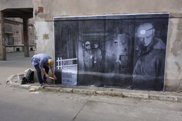 Wielkoformatowe Plakaty W Krakowie Reklamy Nie Tak