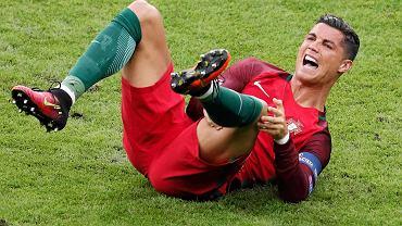 Cristiano Ronaldo w 25. minucie opuścił boisko z powodu kontuzji. Portugalia musiała w finale Euro 2016 radzić sobie bez niego