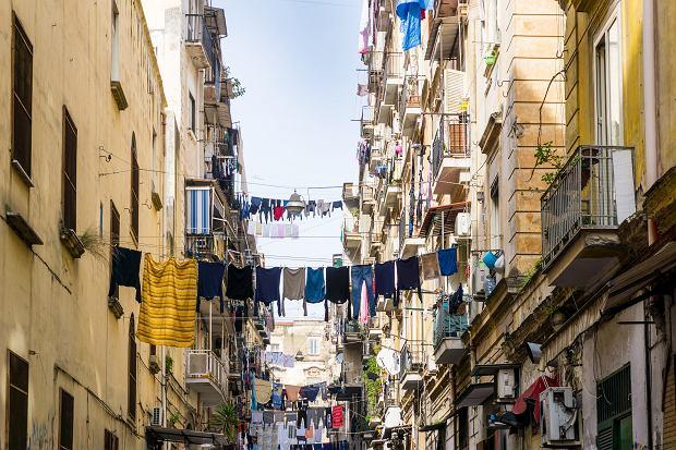 Neapol: wycieczka śladami mafii wywołała oburzenie. Ogłoszenie musiało zniknąć z Airbnb