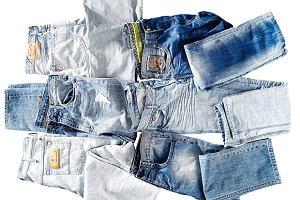 Jasne jeansy na lato