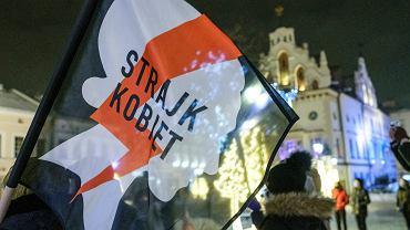 Warszawa. Dzień Kobiet bez kompromisów, za to ze Strajkiem Kobiet