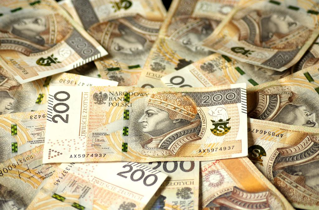 banknoty (zdjęcie ilustracyjne)