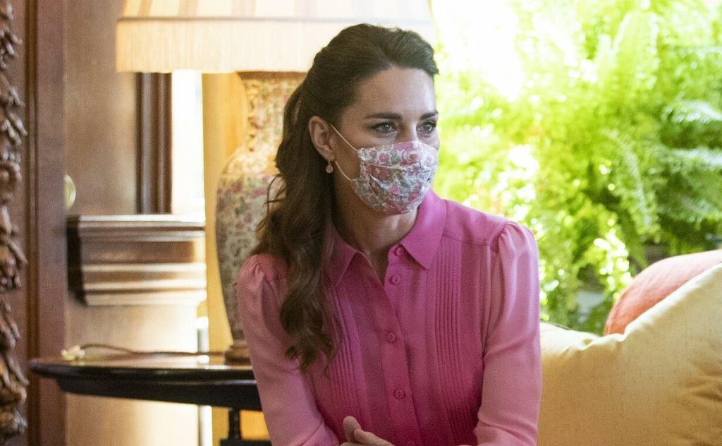Księżna Kate spotkała się z chorą dziewczynką i zachwyciła stylizacją