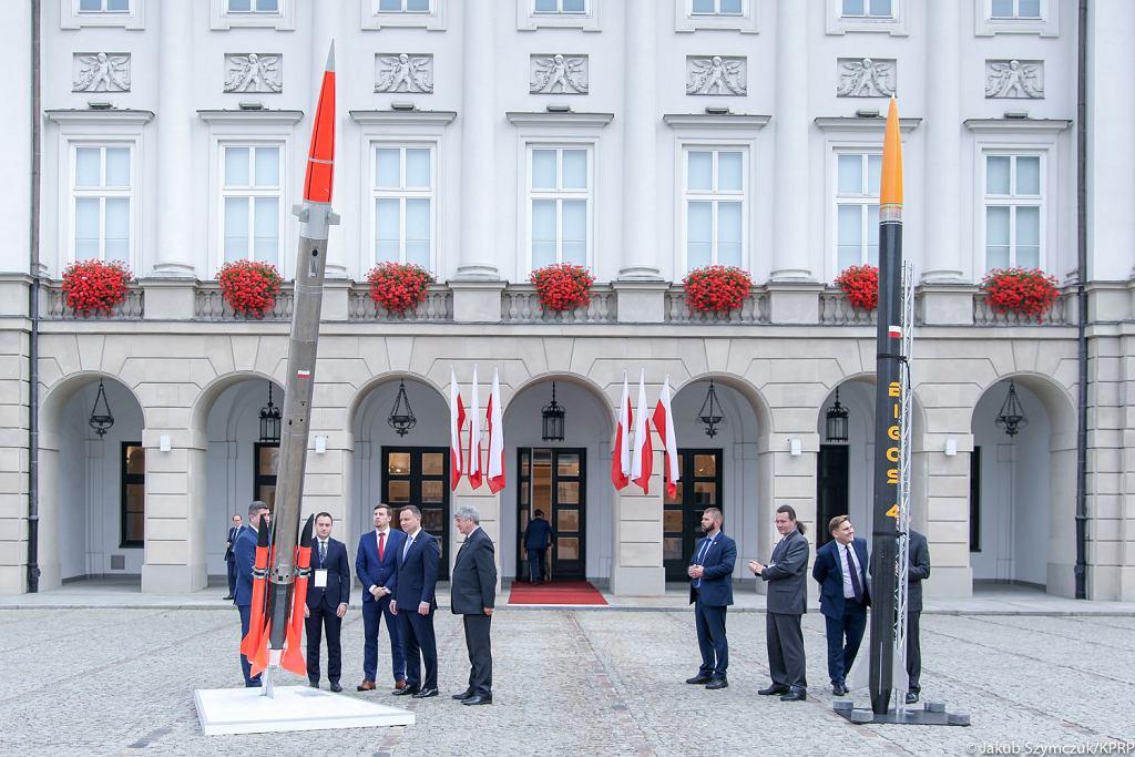 Prezydent Andrzej Duda podczas konferencji 'Technologie przyszłości. Przemysł kosmiczny'