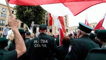 Strajk celników w Warszawie, 13 maja 2016 r.
