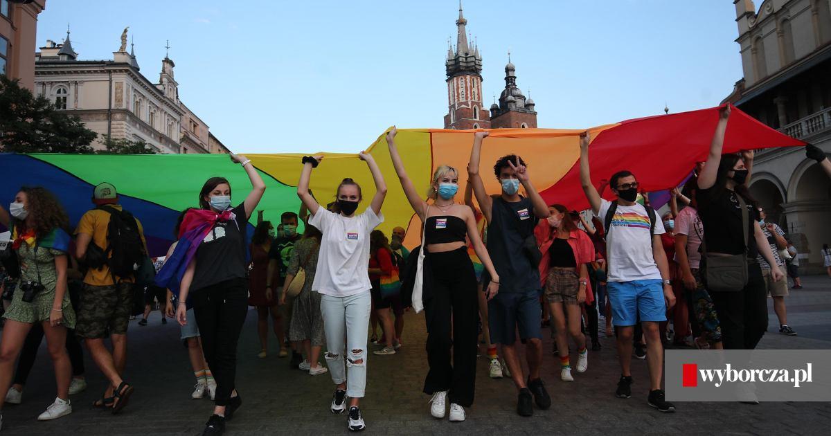 Najpierw Pokaz Inwazji Tvp Potem Rozprawka O Gender Religia W Jednym Z Krakowskich Liceow