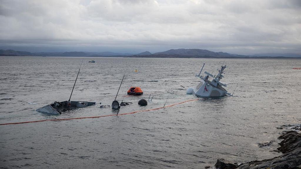 Norweska fregata Helge Ingstad zatonęła
