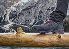 Przecenione trekkingi i buty sportowe marki The North Face