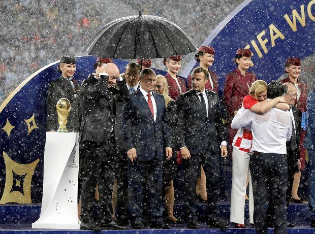 Rosja kupiła sobie mundial? Hakerzy ujawnili skalę korupcji działaczy FIFA! Najdroższy jest Beckenbauer