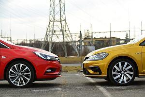 Najpopularniejsze kompakty w Polsce - rządzą Skoda, Opel i Volkswagen