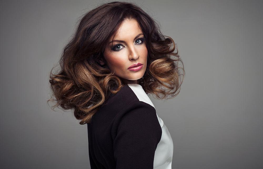 Włosy do ramion to jedno z najpopularniejszych cięć w ostatnich latach.