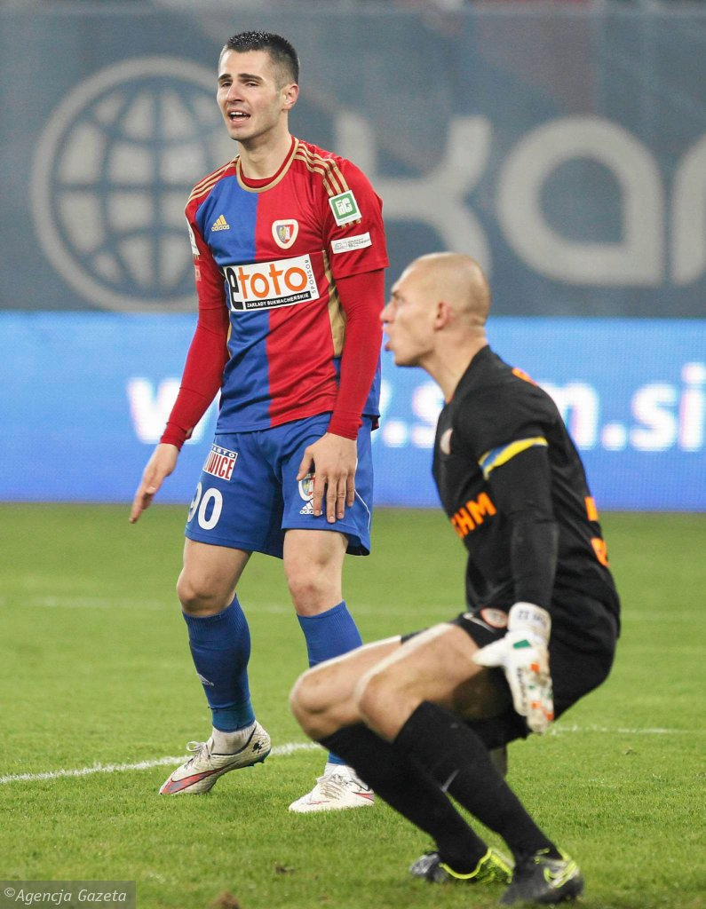 Josip Barisic w meczu Piast Gliwice - Zagłębie Lubin 2:0