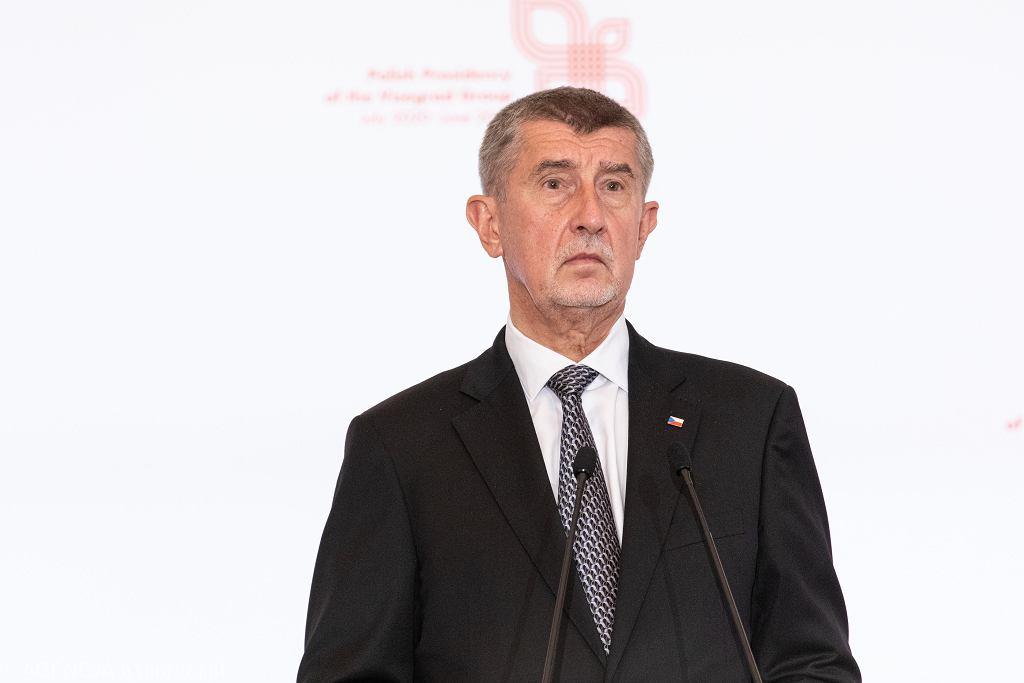 Czechy obniżają podatek dochodowy w reakcji na kryzys wywołany epidemią koronawirusa
