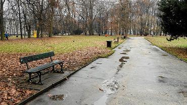 Park przy ul. Dąbrowskiego w Rzeszowie