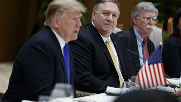 Donald Trump i Mike Pompeo