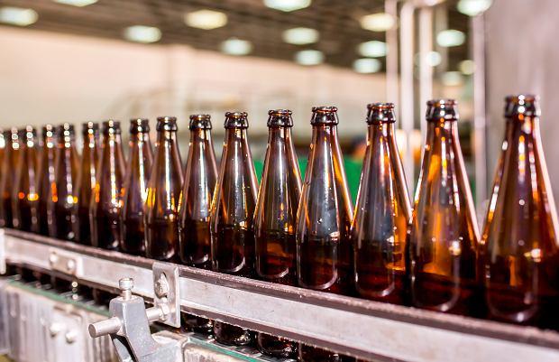 Coraz mniej alkoholu w piwie. Polacy chętniej sięgają po piwa bezalkoholowe
