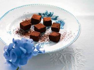 Trufle z czarnej czekolady